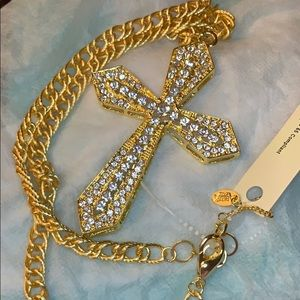 NWT! Cross necklace